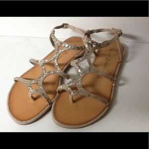Chinese Laundry Flat Sandal
